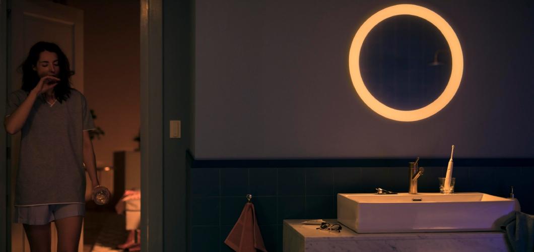 Adore product lijn bestaat uit 5 Philips Hue badkamer lampen